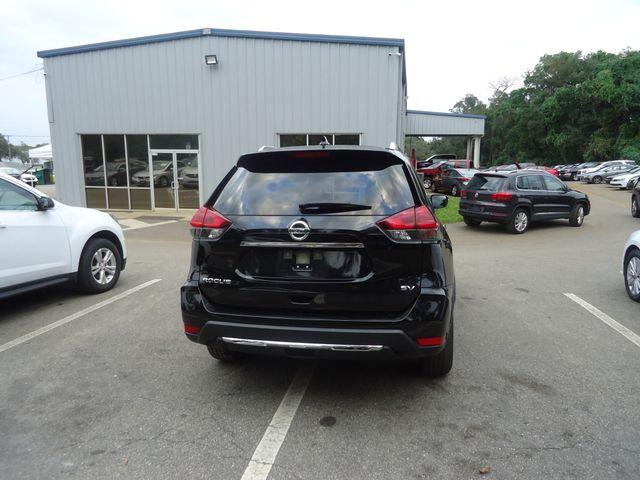 2018 Nissan Rogue SV HTD SEATS. BLIND SPOT. POWER LIFTGATE SEFFNER, Florida 15