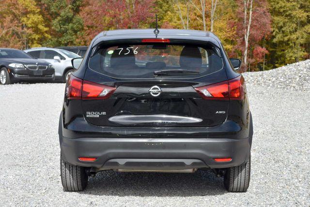 2018 Nissan Rogue Sport S Naugatuck, Connecticut 3