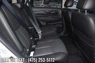 2018 Nissan Rogue SL Waterbury, Connecticut 18