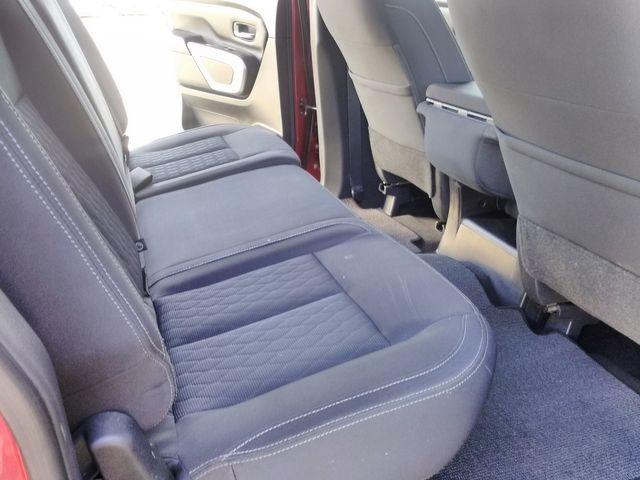 2018 Nissan Titan Crew Cab SV Houston, Mississippi 8