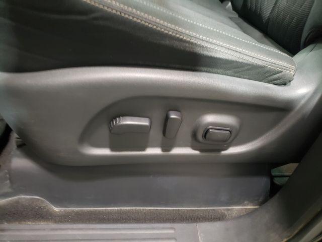 2018 Nissan Titan SV Crew Midnight 4x4 Warranty in Dickinson, ND 58601