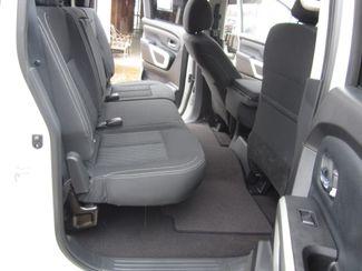 2018 Nissan Titan Crew Cab 4x4 SV Houston, Mississippi 10