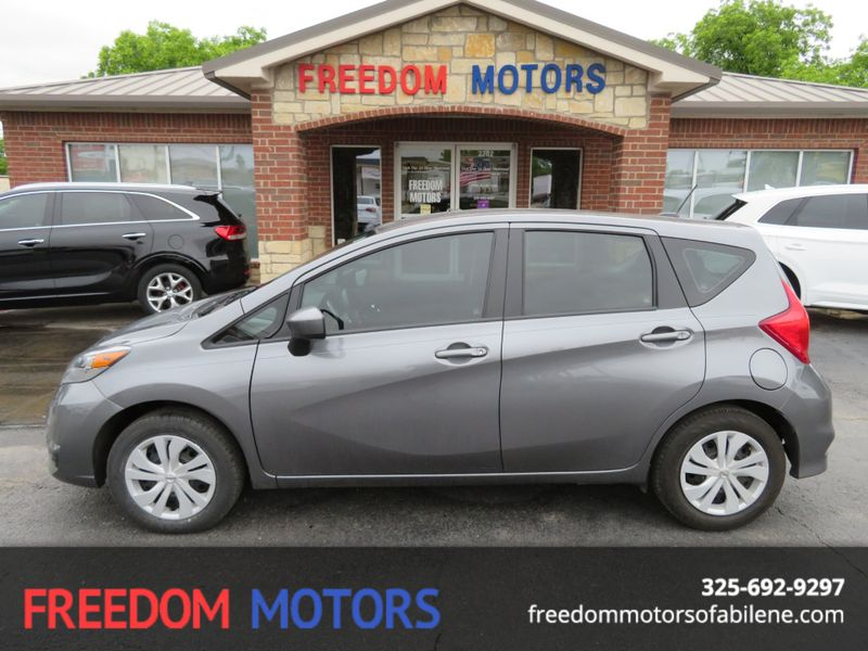 2018 Nissan Versa Note SV | Abilene, Texas | Freedom Motors  in Abilene Texas