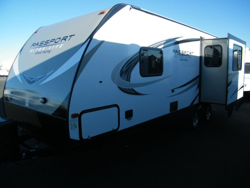 2018 Keystone Passport 2450RLWE Ultra Lite Grand Touring  in Surprise AZ
