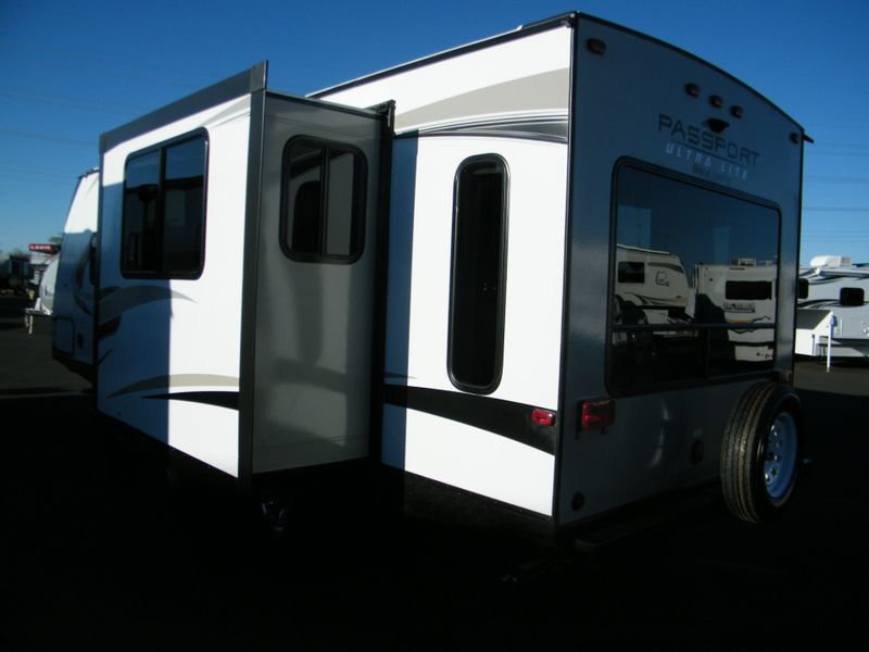 2018 Keystone Passport 2450RLWE Ultra Lite Grand Touring  in Surprise, AZ