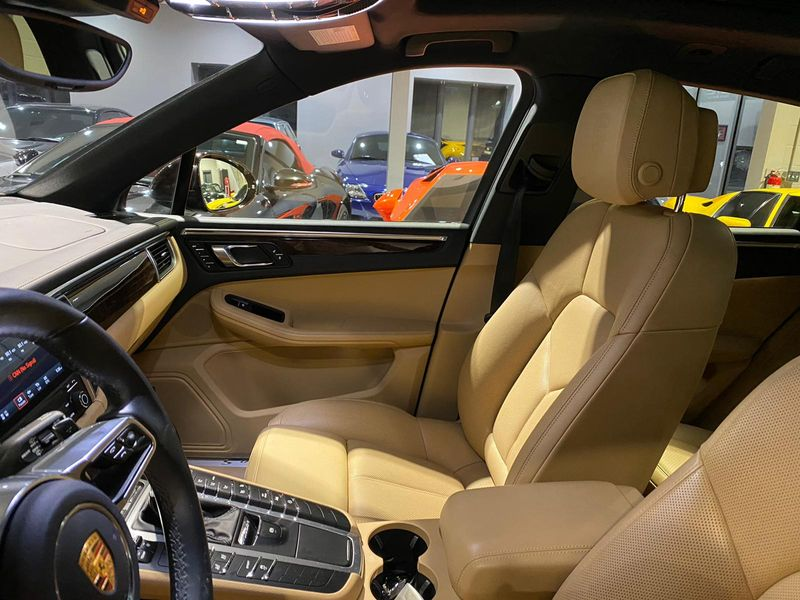 2018 Porsche Macan S  Lake Forest IL  Executive Motor Carz  in Lake Forest, IL