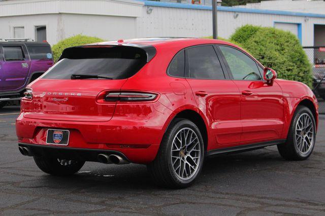2018 Porsche Macan S AWD - PREMIUM PACKAGE PLUS - NAV - PANO ROOF! Mooresville , NC 27