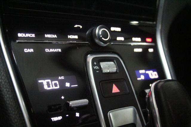 2018 Porsche Panamera Houston, Texas 49