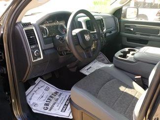 2018 Ram 1500 Crew Cab 4x4 Big Horn Houston, Mississippi 8