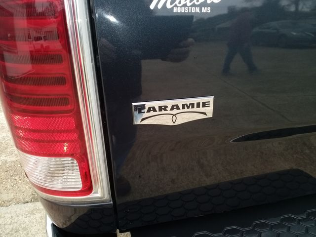 2018 Ram 1500 Crew Cab 4x4 Laramie Houston, Mississippi 7