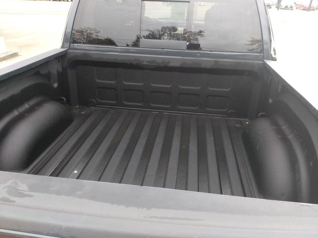 2018 Ram 1500 Crew Cab 4x4 Laramie Houston, Mississippi 8