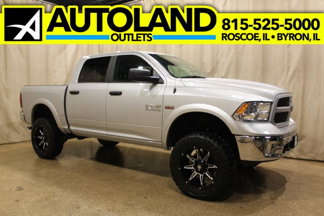 2018 Ram 1500 outdoorsman 4x4 in Roscoe, IL 61073