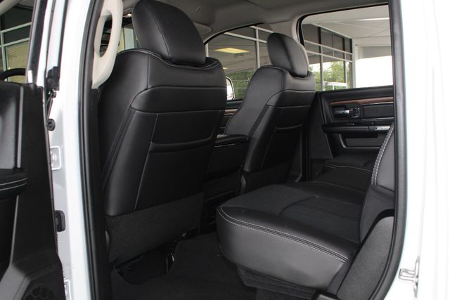2018 Ram 2500 Laramie Crew Cab 4x4 - ONLY 620 MILES - LIFTED! Mooresville , NC 41