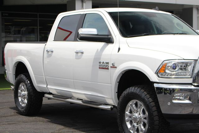 2018 Ram 2500 Laramie Crew Cab 4x4 - ONLY 620 MILES - LIFTED! Mooresville , NC 26