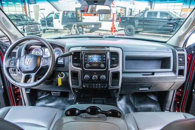 2018 Ram 3500 Chassis Cab Tradesman DRW 4x4 in Addison, Texas 75001