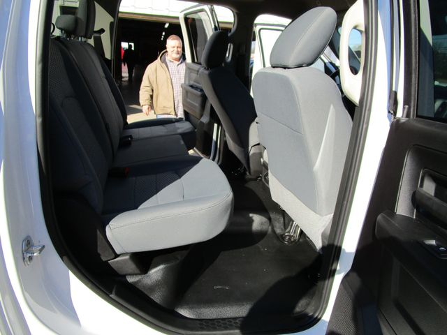 2018 Ram 3500 Chassis Cab Tradesman Crew Cab 4x4 Houston, Mississippi 12