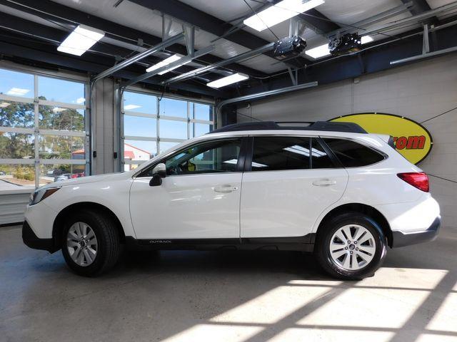 2018 Subaru Outback Premium in Airport Motor Mile ( Metro Knoxville ), TN 37777
