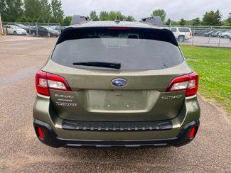 2018 Subaru Outback Premium Farmington, MN 2