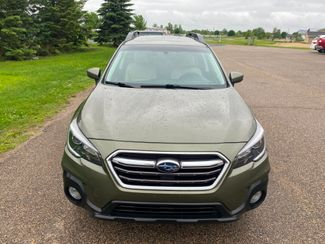 2018 Subaru Outback Premium Farmington, MN 4
