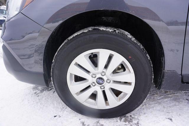 2018 Subaru Outback Premium Maple Grove, Minnesota 38