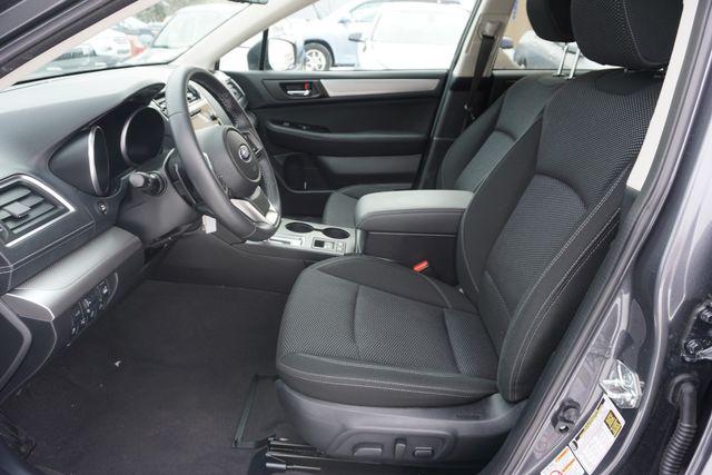 2018 Subaru Outback Premium Maple Grove, Minnesota 12