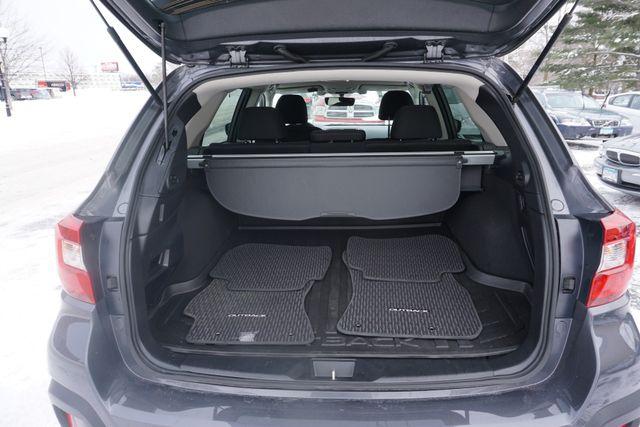 2018 Subaru Outback Premium Maple Grove, Minnesota 43