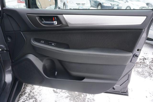 2018 Subaru Outback Premium Maple Grove, Minnesota 25