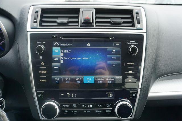 2018 Subaru Outback Premium Maple Grove, Minnesota 18