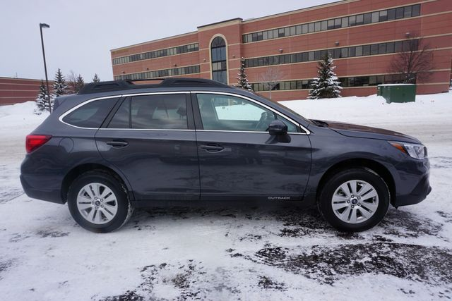 2018 Subaru Outback Premium Maple Grove, Minnesota 5