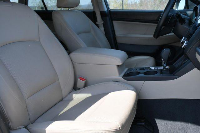 2018 Subaru Outback Limited AWD Naugatuck, Connecticut 10