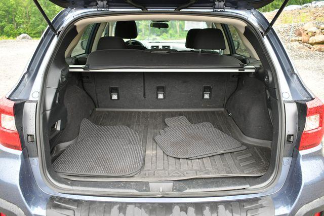 2018 Subaru Outback Premium AWD Naugatuck, Connecticut 13