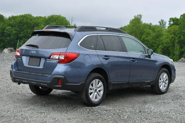 2018 Subaru Outback Premium AWD Naugatuck, Connecticut 6