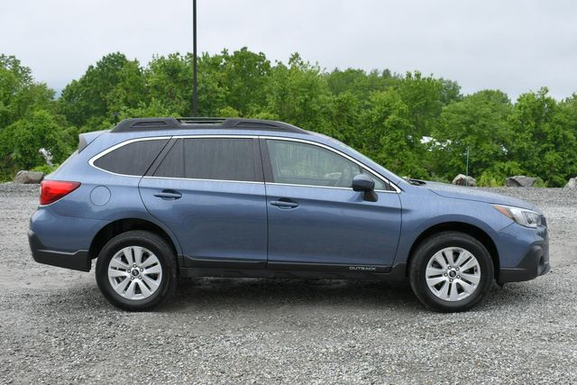 2018 Subaru Outback Premium AWD Naugatuck, Connecticut 7