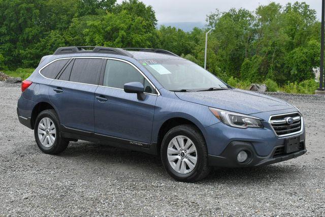 2018 Subaru Outback Premium AWD Naugatuck, Connecticut 8