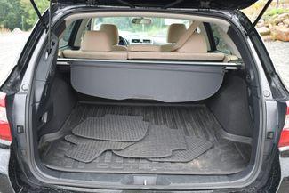2018 Subaru Outback Premium AWD Naugatuck, Connecticut 14