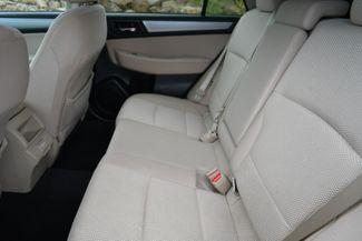 2018 Subaru Outback Premium AWD Naugatuck, Connecticut 17