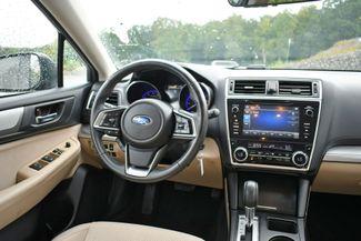 2018 Subaru Outback Premium AWD Naugatuck, Connecticut 18