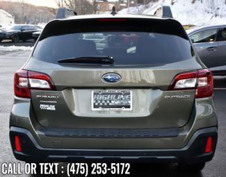 2018 Subaru Outback Limited Waterbury, Connecticut 3