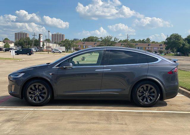 2018 Tesla Model X 100D Houston, Texas 9