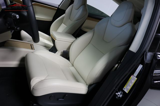 2018 Tesla Model X 75D Merrillville, Indiana 10