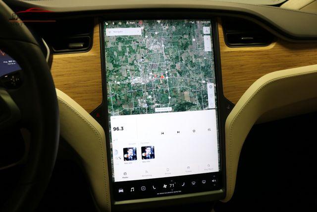 2018 Tesla Model X 75D Merrillville, Indiana 18