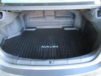 2018 Toyota Avalon Hybrid XLE Plus Bend, Oregon 20