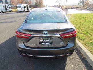 2018 Toyota Avalon Hybrid XLE Plus Bend, Oregon 2