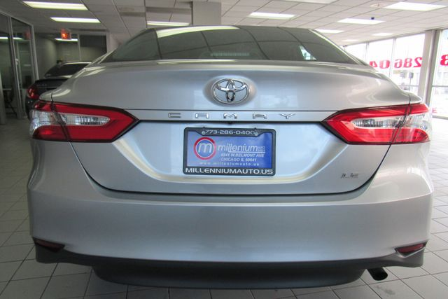 2018 Toyota Camry LE W/ BACK UP CAM Chicago, Illinois 5