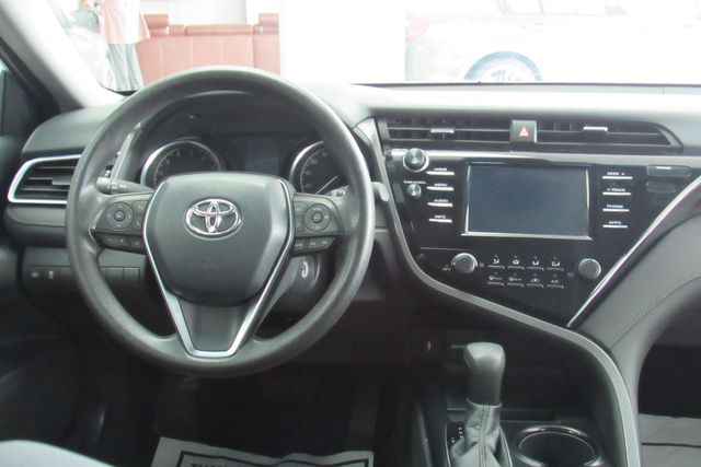 2018 Toyota Camry LE W/ BACK UP CAM Chicago, Illinois 10