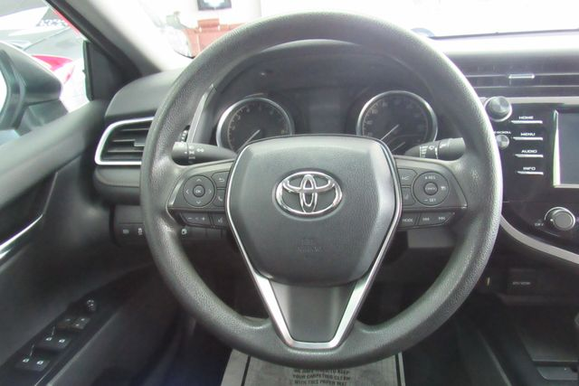 2018 Toyota Camry LE W/ BACK UP CAM Chicago, Illinois 12