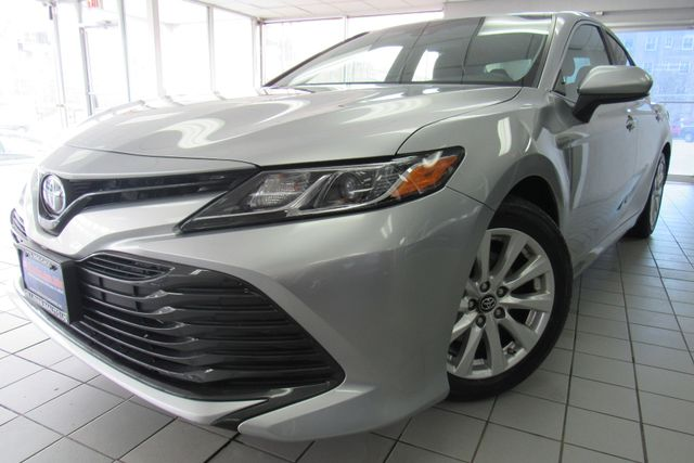 2018 Toyota Camry LE W/ BACK UP CAM Chicago, Illinois 4