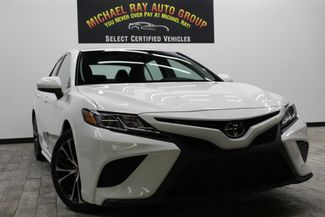 2018 Toyota Camry SE in Cleveland , OH 44111