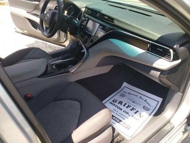 2018 Toyota Camry LE Houston, Mississippi 7