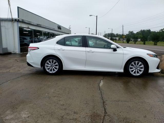 2018 Toyota Camry LE Houston, Mississippi 3